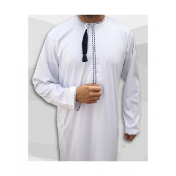 Qamis Omani - Tissu Precious Blanc Satin et Broderie Noir - Custom Qamis